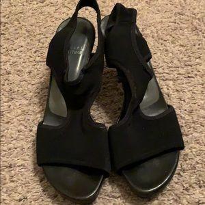 Stuart Weitzman fabric sandal sz 81/2